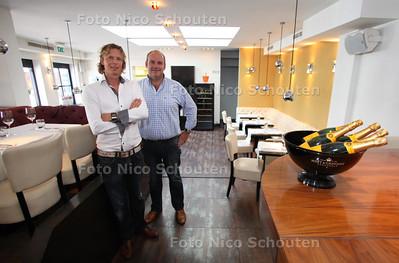 Restaurant Dendy voor de gouden pollepel - eigenaren Keimpe Tuinenga(l) en Igor Kuijer - DEN HAAG 16 AUGUSTUS 2011 - FOTO NICO SCHOUTEN