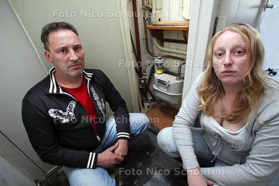 Eric en zijn zus Jolanda Van Eijk uit Den Haag hebben mot met Vestia over een gas(lek)rekening - DEN HAAG 8 JULI 2011 - FOTO NICO SCHOUTEN