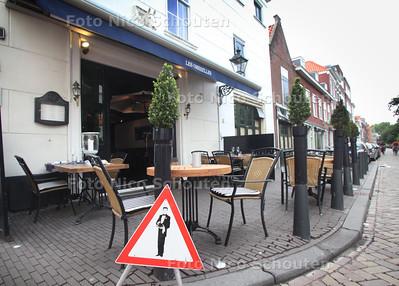 Restaurant Les Ombrelles voor pollepel - DEN HAAG 13 JUNI 2011 - FOTO NICO SCHOUTEN