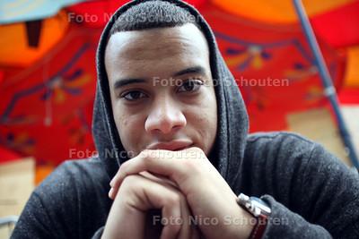 Haagse rapper Vinny gaat optreden tijdens Parkpop - DEN HAAG 20 JUNI 2011 - FOTO NICO SCHOUTEN