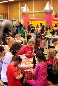 Speelmeer in sporthal de Veur - ZOETERMEER 3 MAART 2011 - FOTO NICO SCHOUTEN