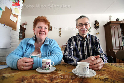 Bea Dijkhuizen en Adriaan van den Berg, ambassadeurs van de laaggeletterdheid - 21 MAART 2011 - FOTO NICO SCHOUTEN