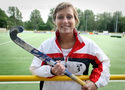 Hockeyer Maartje Langeveld van MHCZ - ZOETERMEER 10 MEI 2011 - FOTO NICO SCHOUTEN