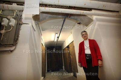 De vochtproblemen in de kelder van Mw. Hoekstra zijn opgelost - DEN HAAG 8 NOVEMBER 2011 - FOTO NICO SCHOUTEN