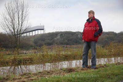 Foto voor de historische rubriek. Graag foto van Reinold Vugs op de Meerpolder waar in 1919 Neeltje Hoogduin is vermoord - ZOETERMEER 23 NOVEMBER 2011 - FOTO NICO SCHOUTEN