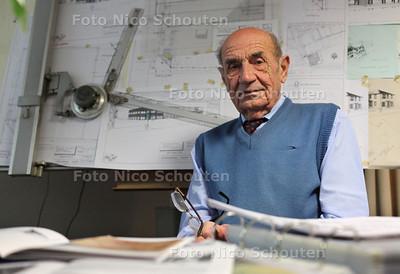 Architect Dirk Huurman - ZOETERMEER 8 NOVEMBER 2011 - FOTO NICO SCHOUTEN