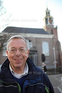 Kaj Klom bij de Oude kerk - ZOETERMEER 16 NOVEMBER 2011 - FOTO NICO SCHOUTEN