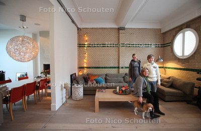 Wonen 1 ; Het verbouwde huis van Mirjam Offringa, Ten Hovestraat - DEN HAAG 14 NOVEMBER 2011 - FOTO NICO SCHOUTEN