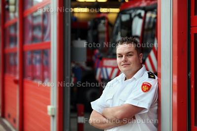 Jan van der Veer van de Brandweer Haaglanden - DEN HAAG 12 SEPTEMBER 2011 - FOTO NICO SCHOUTEN