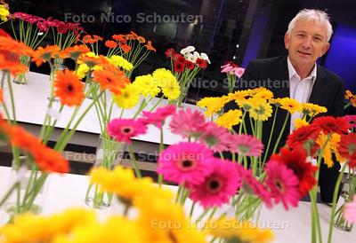 Locatiedirecteur Gijs Kok van FloraHolland. Flora Holland bestaat 100 jaar - NAALDWIJK 15 SEPTEMBER 2011 - FOTO NICO SCHOUTEN