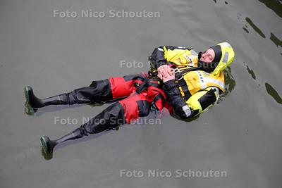 KNRM Reddingbootdag Scheveningen - DEN HAAG 28 APRRIL 2012 - FOTO NICO SCHOUTEN