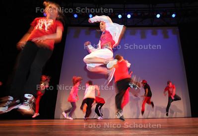 Dansproject leerlingen, Urban Dance in CKC - ZOETERMEER 26 APRIL 2012 - FOTO NICO SCHOUTEN
