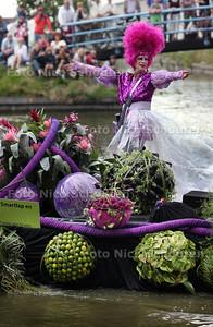 Varend Corso bij de Uithof - DEN HAAG 4 AUGUSTUS 2012 - FOTO NICO SCHOUTEN