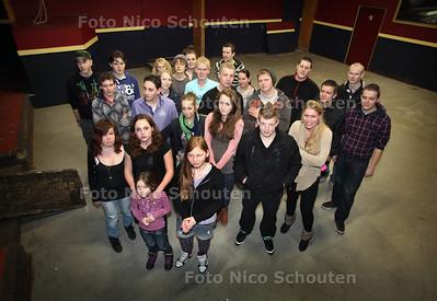 Jongeren in Boerderij Ter Weer aan de Deijlerweg in Wassenaar. Deze jongerenhangplek wordt binnenkort gesloten, de jongeren zijn teleurgesteld - WASSENAAR 17 FEBRYARI 2012 - FOTO NICO SCHOUTEN