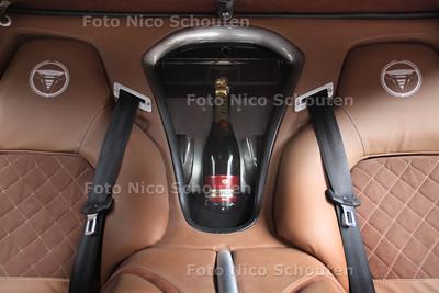 Zelfbouwsportauto Savage Rivale - DEN HAAG 16 FEBRUARI 2012 - FOTO NICO SCHOUTEN