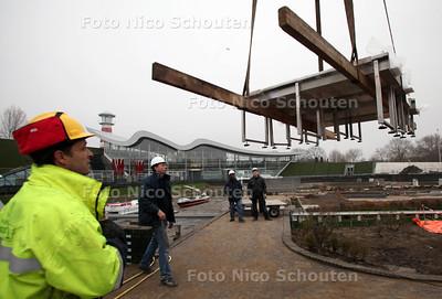 """Intakelen Doe-dingen Madurodam - Hier worden onderdelen van """"de  rivieren"""" ingetakeld - DEN HAAG 28 FEBRUARI 2012 - FOTO NICO SCHOUTEN"""