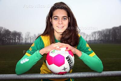 Voetbalster Tessel Middag van ADO Den Haag - VOORBURG 30 JANUARI 2012 - FOTO NICO SCHOUTEN