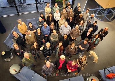 Kunstenaars in het oude CBS-gebouw, ze moet er binnen vier weken uit omdat de brandveiligheid niet in orde zou zijn - VOORBURG 26 JANUARI 2012 - FOTO NICO SCHOUTEN