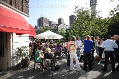 Terras Restaurant PAN - DEN HAAG 28 juni 2012 - FOTO NICO SCHOUTEN