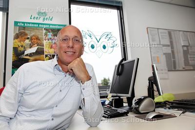 Plaatsvervangend voorzitter Ton van Aagen van Stichting Leergeld - ZOETERMEER 20 JUNI 2012 - FOTO NICO SCHOUTEN