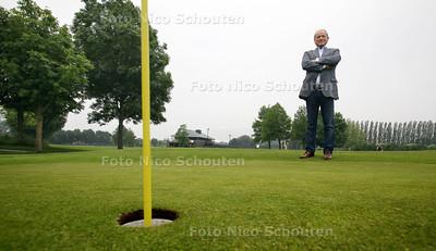 John de Vries, van Rijswijkse Golfclub - RIJSWIJK 21 JUNI 2012 - FOTO NICO SCHOUTEN