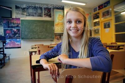 Britt van der Krogt, speelt in Mees Kees - VOORBURG 29 OKTOBER 2012 - FOTO NICO SCHOUTEN