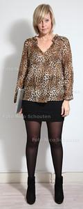 Cynthia Kloosterman, styliste. Cynthia geeft tips hoe sollicitanten zich wel en vooral niet moeten kleden - FOUT - DEN HAAG 16 OKTOBER 2012-  FOTO NICO SCHOUTEN