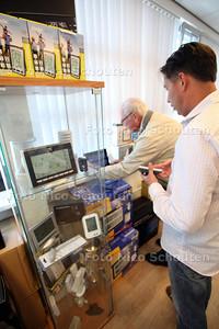 Open dag bij Weerstation Zoetermeer - ZOETERMEER 22 SEPTEMBER 2012 - FOTO NICO SCHOUTEN