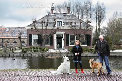 Jan en Joke Kaptein, nieuwe eigenaars van de oude boerderij De Vlaming - ZOETERMEER 13 APRIL 2013 - FOTO NICO SCHOUTEN