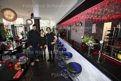 Restaurant Babylonia voor Gouden Pollepel - vlnr Chefkok Ali Barhani, eigenaresse M.Ehrari en begeleider A.Yousef - DEN HAAG 18 FEBRUARI 2013 - FOTO NICO SCHOUTEN