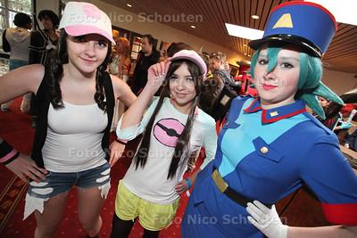 Nishicon 2013 bij Party & Businesscenter Dekker. Tijdens dit evenement verkleden veel bezoekers zich als hun favoriete mangafiguur - ZOETERMEER 16 NOVEMEBR 2013 - FOTOGRAAF NICO SCHOUTEN