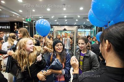 Opening Primark winkel - ZOETERMEER 23 OKTOBER 2013 - FOTOGRAAF NICO SCHOUTEN