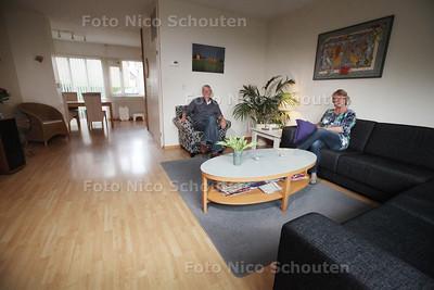 fam. Van Zwieten in hun huis dat te koop staat - WONEN 2 - ZOETERMEER 18 APRIL 2014 - FOTGRAFIE NICO SCHOUTEN