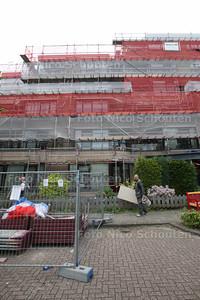 Aan het ouderencentrum aan de Gondelkade wordt druk verbouwd. ZOETERMEER 30 APRIL 2014 - FOTGRAFIE NICO SCHOUTEN