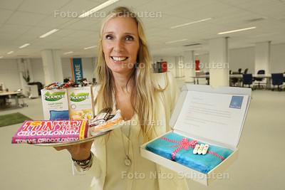 Katja Kortenbroek heeft een webshop voor menstruerende vrouwen - ZOETERMEER 25 AUGUSTUS 2014 - FOTOGRAFIE NICO SCHOUTEN