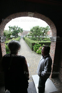 Heilge Geesthofje (binnentuin) Aanleiding: een conflict over een uitgezette oudere vrouw - DEN HAAG 25 AUGUSTUS 2014 - FOTOGRAFIE NICO SCHOUTEN