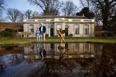 Foeke Zeilstra bij zijn optrekje, de oranjerie van kasteel duivenvoorde - VOORSCHOTEN 24 FEBRUARI 2014 - FOTOGRAFIE NICO SCHOUTEN
