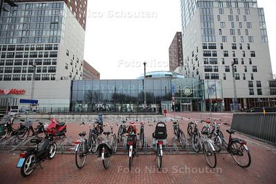 Fietsenstalling van Centrum West - ZOETERMEER 25 JANUARI 2014 - FOTOGRAFIE NICO SCHOUTEN