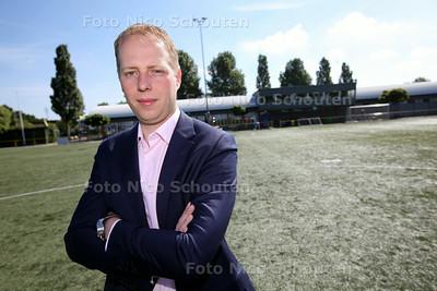 Marc van der Veen, penningmeester van FC Zoetermeer - ZOETERMEER 13 JUNI 2014 - FOTOGRAFIE NICO SCHOUTEN