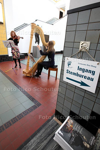 Stemmers in gemeentemuseum krijgen voorproefje van Festival Classique - DEN HAAG 19 MAART 2014 - FOTOGRAFIE NICO SCHOUTEN