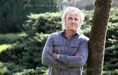 Wassenaarder Peter Geraerdts is een toeristenlodge in zambia begonnen - WASSENAAR 18 MAART 2014 - FOTOGRAFIE NICO SCHOUTEN