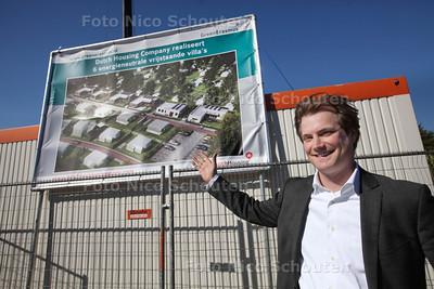 De eerste heipaal wordt geslagen voor de bouw van zes energieneutrale villa's door Dutch Housing Company - Architect Walter Landsaat - DEN HAAG 20 MAART 2014 - FOTOGRAFIE NICO SCHOUTEN