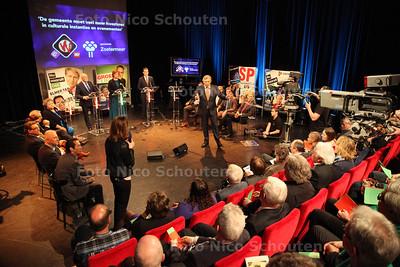 Lijsttrekkersdebat in Zoetermeer. Presentatie is in handen van Roelof Hemmen - ZOETERMEER 11 MAART 2014 - FOTOGRAFIE NICO SCHOUTEN