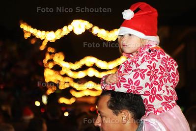 Kaarsjesavond in de Dorpsstraat - ZOETERMEER 15 DECEMBER 2015 - FOTO NICO SCHOUTEN