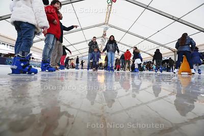 Schaatsbaan Kurhaus - DEN HAAG 19 DECEMBER 2015 - FOTO NICO SCHOUTEN