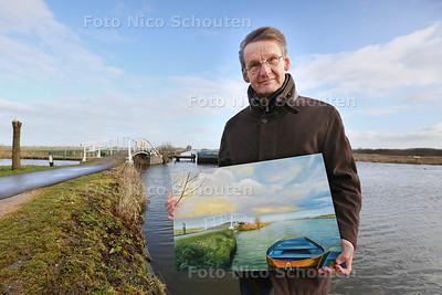 Wethouder Piet Houtenbos van Midden-Delfland geeft een expositie van zijn schilderijen en aquarellen, hij schildert landschappen - MAASLAND 24 JANUARI 2015 - FOTO NICO SCHOUTEN