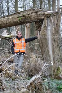 Martijn Spreeuw is projectleider van de herontwikkeling van recreatiegebied Dobbeplas. Er gaan straks veel werkzaamheden starten - NOOTDORP 23 JANUARI 2015 - FOTO NICO SCHOUTEN