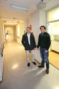 voormalig verpleeghuis WZH Zuiderpark, dat wordt binnenkort verbouwd tot studentenflat, met vestigingsdirecteur Gijsbert Mul (l) van Duwo en ontwikkelaar Taco Platenburg van TTP Vastgoed - DEN HAAG 30 JANUARI 2014 - FOTO NICO SCHOUTEN