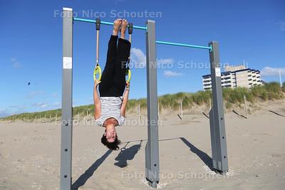 Zomerrubriek: Bootcamptoestellen in Kijkduin - DEN HAAG 29 JULI 2015 - FOTO NICO SCHOUTEN