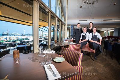 Restaurant Waves in het Kurhaus - Gouden Pollepel - vlnr Luuk Wijk (gastheer), Maurice Stoof (chou chef), Madelon Engbers (gastvrouw) en Marc Smeets (chef kok) - DEN HAAG 24 JUNI 2015 - FOTO NICO SCHOUTEN